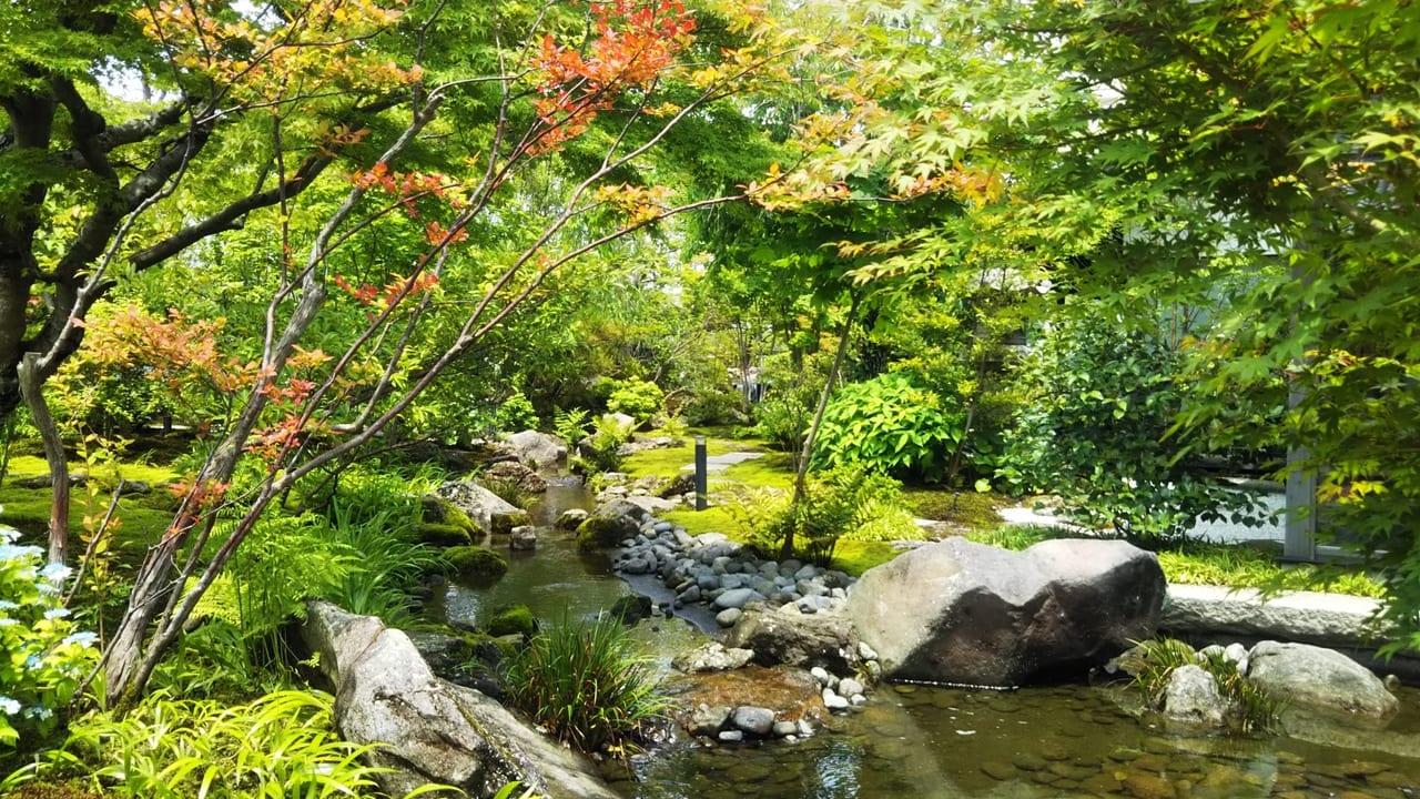 喫茶四季庭庭園