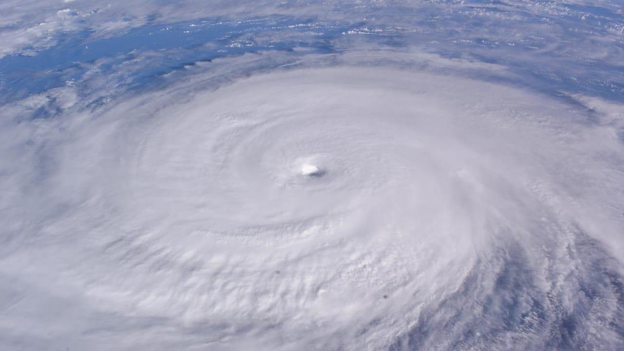 台風10号のイメージ画像